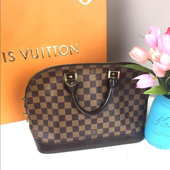 114f3d2737c0 Louis Vuitton Handbags - Authentic Louis Vuitton Damier Ebene Alma PM bag